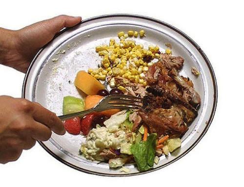 """CREA, spreco alimentare: tutti i numeri e l'identikit degli """"spreconi"""""""