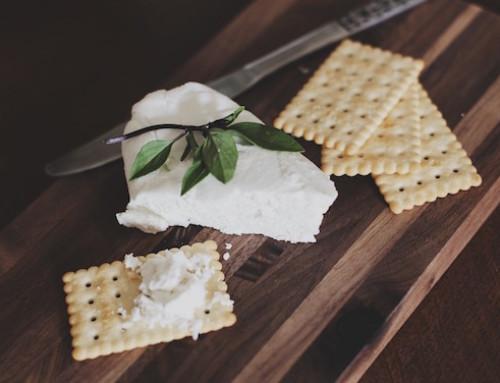 Ricerca e prodotti lattiero-caseari: formaggi a basso e normale tenore in grassi migliorano la regolazione di glucosio in vivo