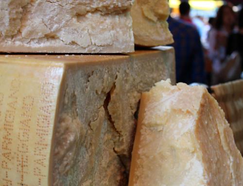 Parmigiano Reggiano: sabato 5 e domenica 6 torna l'appuntamento con Caseifici Aperti